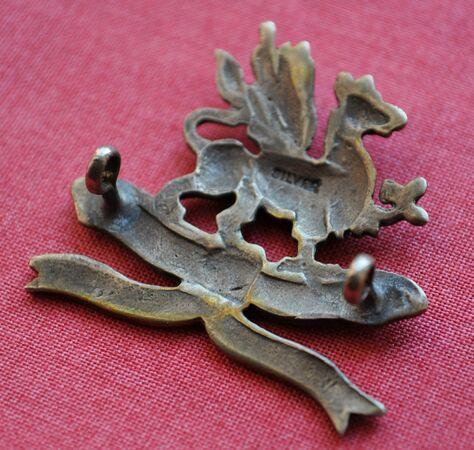 11th Border Regiment cap badge (silver) 04.jpg