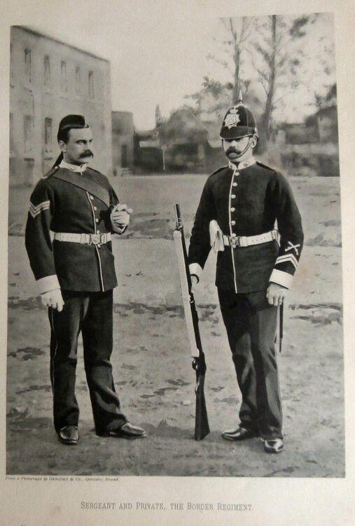 Sergeant and Private photo circa 1901.jpg